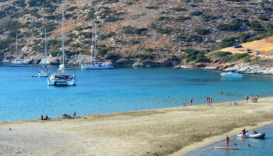 Amazing Sailing Destinations: the cove of Kolona