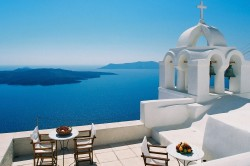 Yacht Chartering Cyclades islands - Sail in Greek Waters