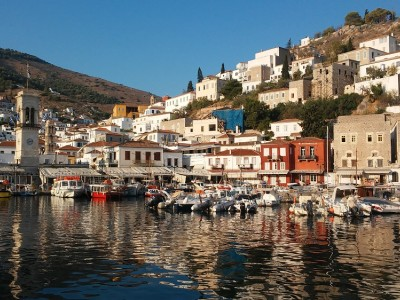 Beautiful Sailing Destinations across Greek Waters