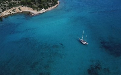Hinitsa islet |Sail in Greek Waters