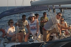 Learn how to sail in your holidays