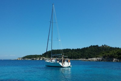 Antipaxos island - Relaxing sailing experiences
