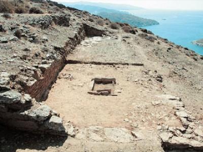 Sailing around Cyclades-Kythnos ancient agora