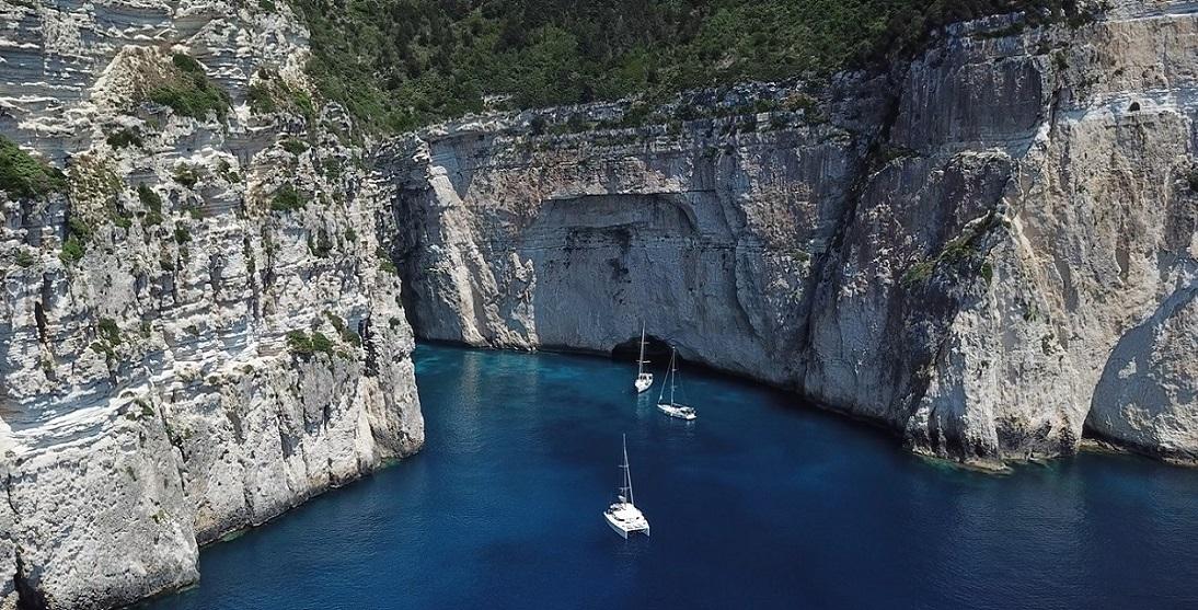 Bavaria Cruiser 46 - Port of Lefkas | Sail in Greek Waters
