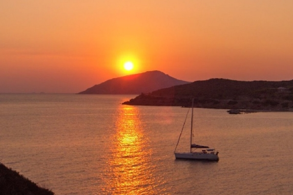 One week sailing in the Cyclades islands