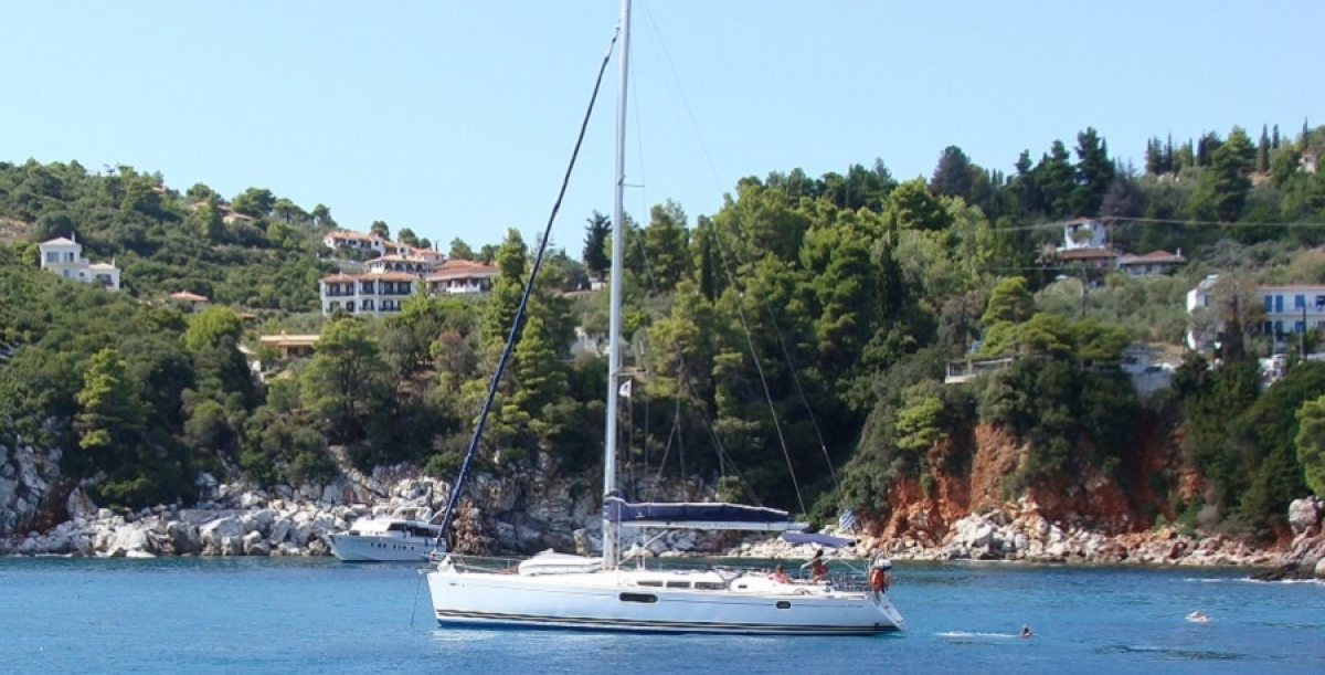 Sailing with Skipper in the Sporades islands